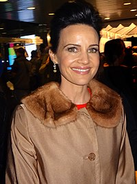 Carla Gugino. Source: Wikipedia