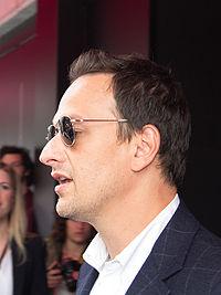 Josh Charles. Source: Wikipedia
