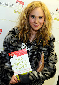 Juno Temple. Source: Wikipedia