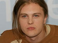 Michael PITT. Source: Wikipedia