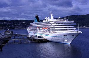 vessel Artania IMO: 8201480, Cruise Ship